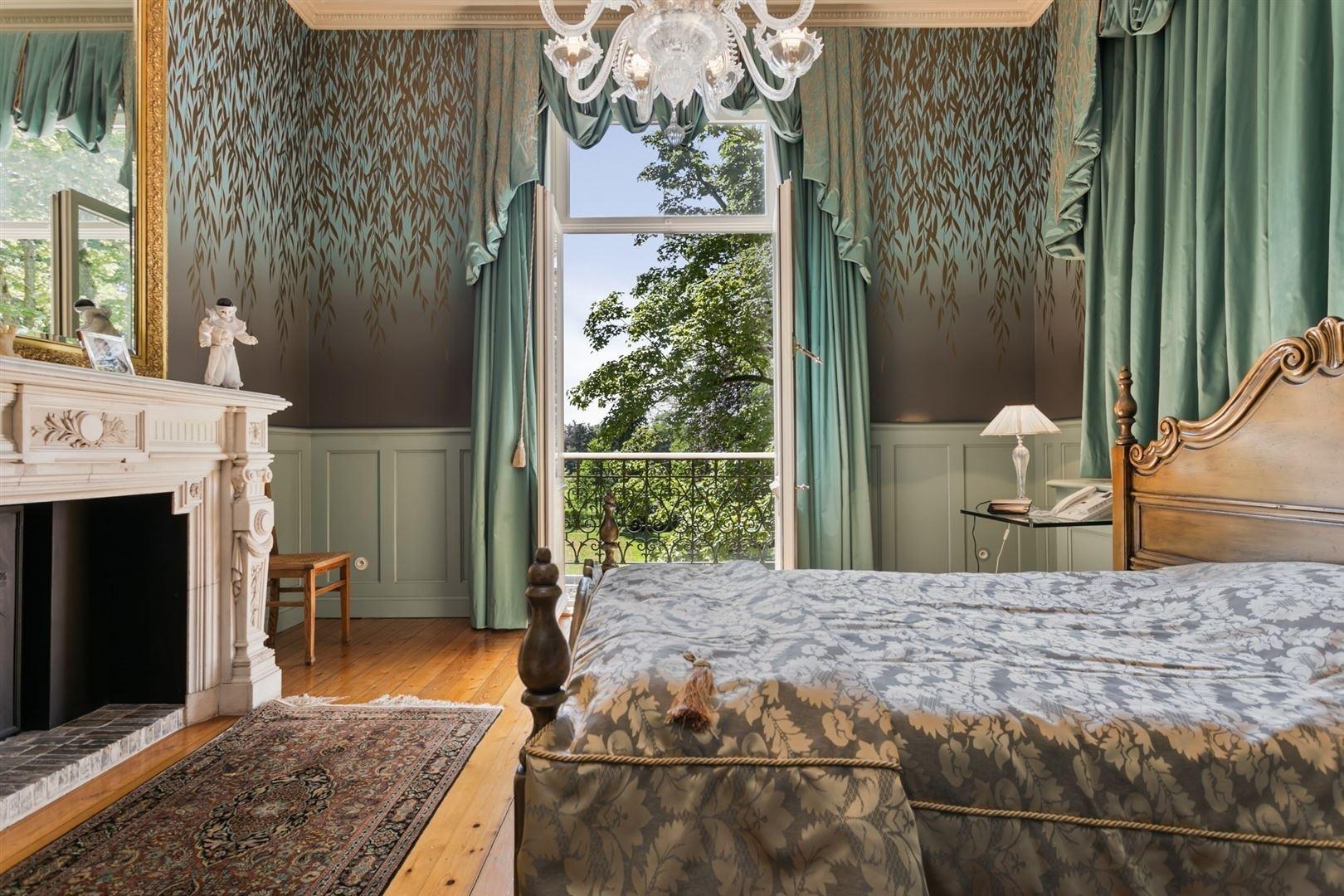 Prachtig kasteel met luxueuze afwerking op een domein van ruim 2 ha