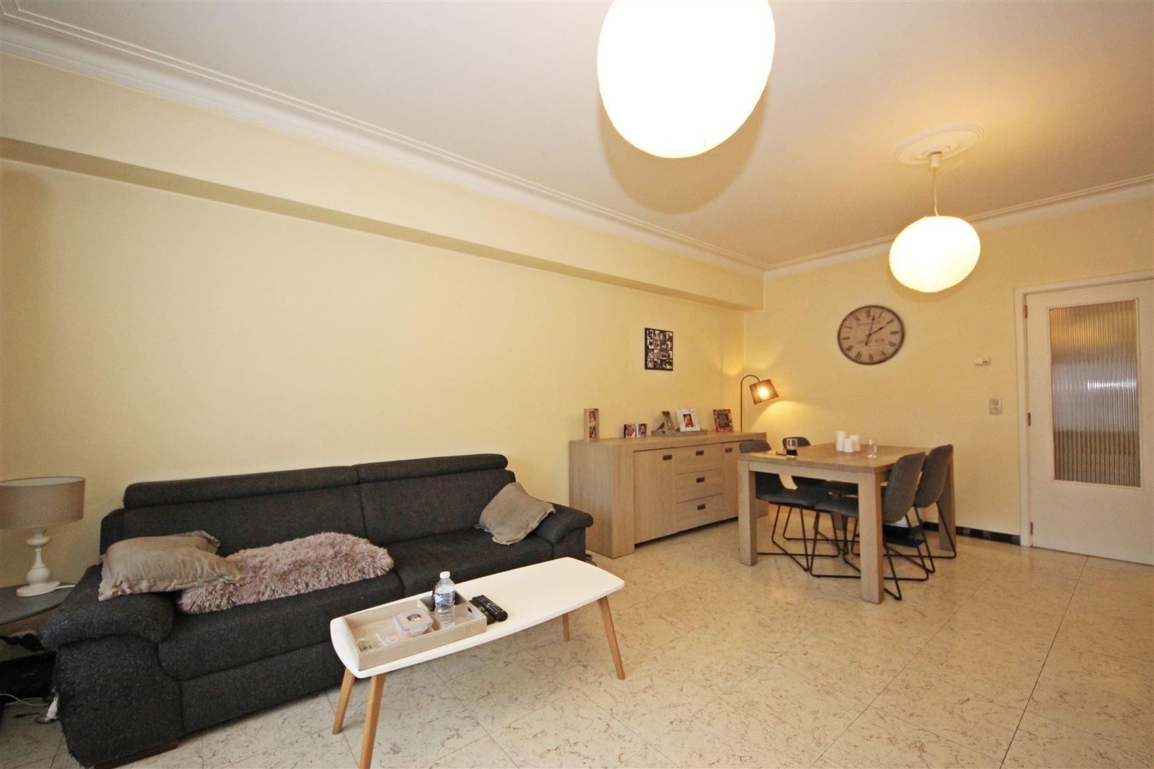 Gelijkvloers appartement met 3 slaapkamers en koer in Gent centrum
