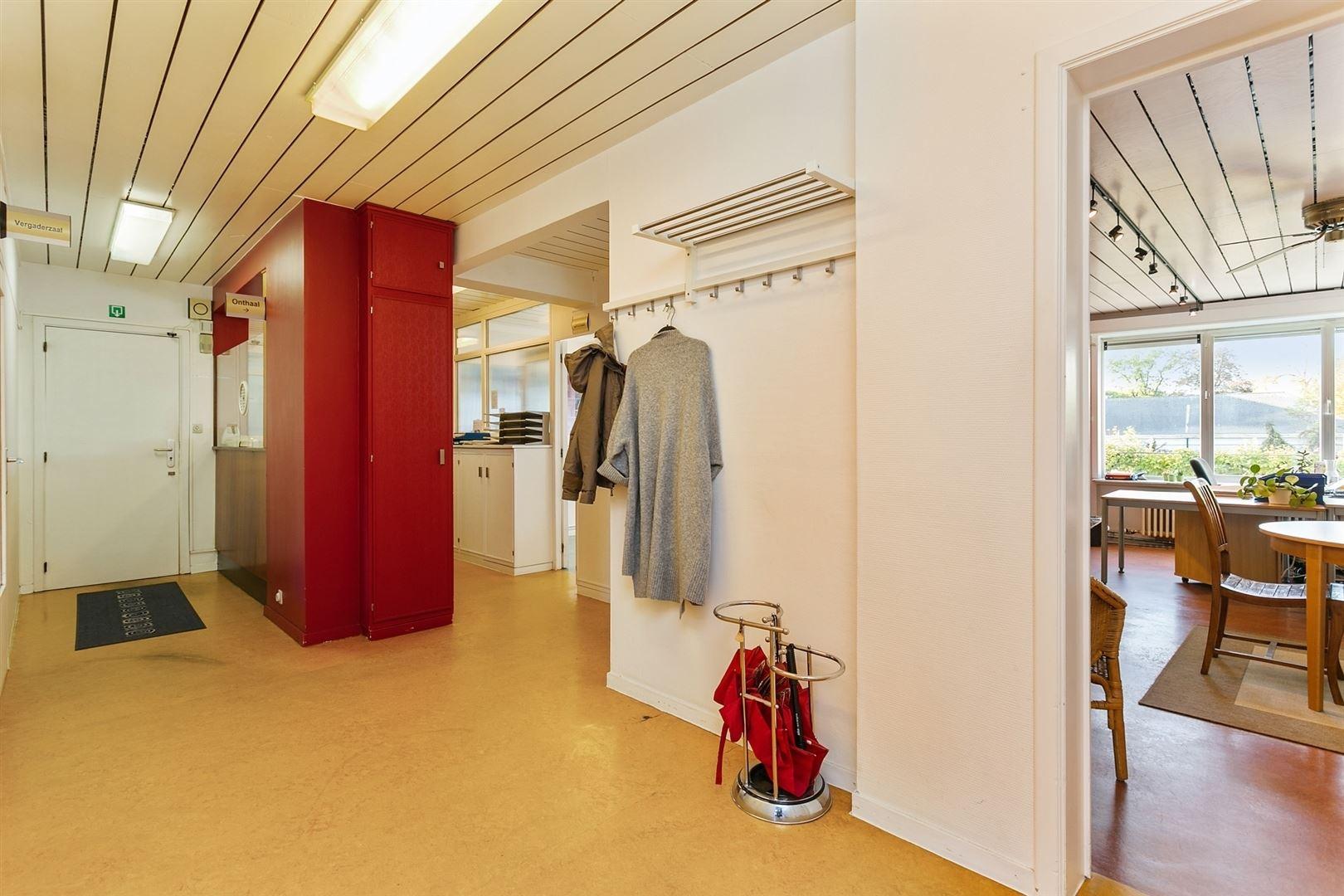 Ruim appartement (heden kantoor) op uitstekende locatie in Gent